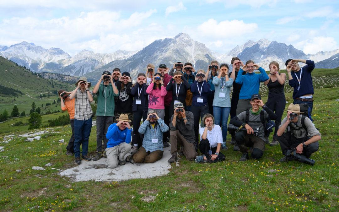 Unga Forskare och unga forskare jobbar för biologisk diversitet